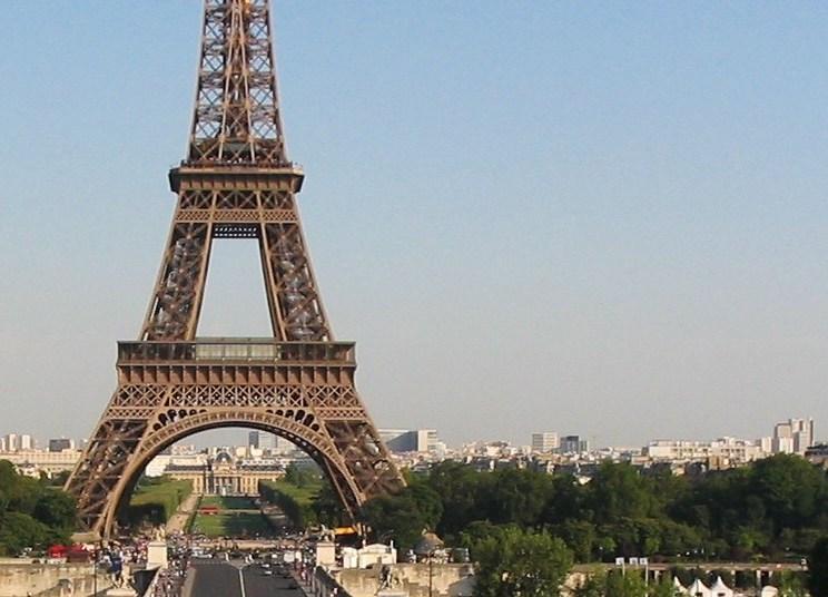 Going to Paris: Black & Rosé