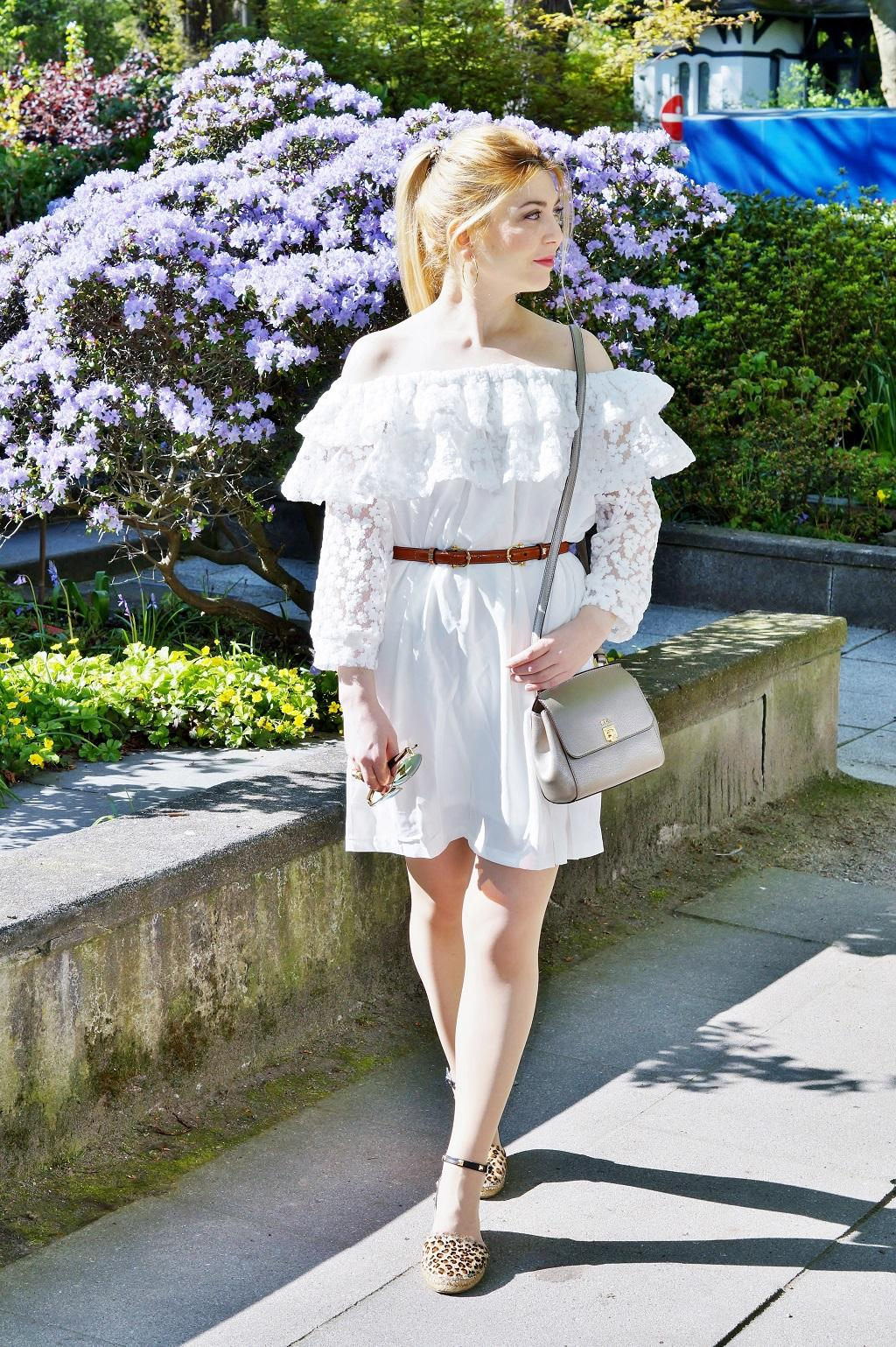 Schulterfreies Bardot Kleid (3)