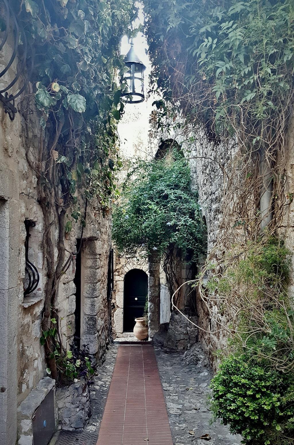 Eze Village and its Châteaux (4)
