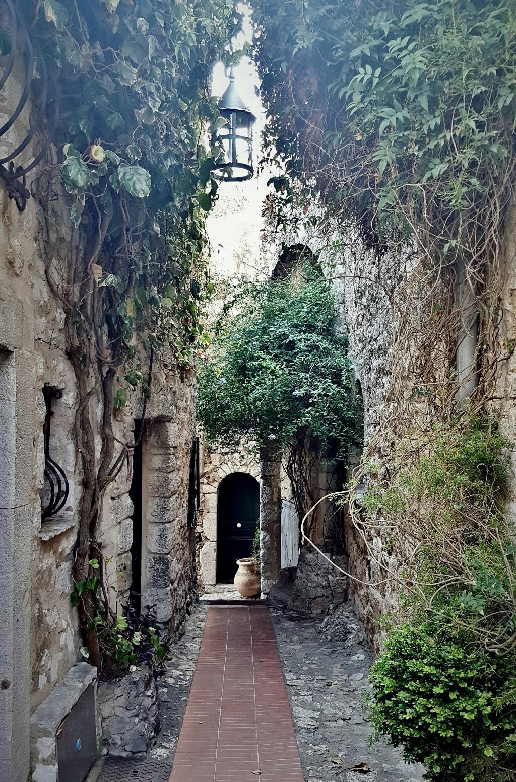 Eze Village and its Châteaux (4)