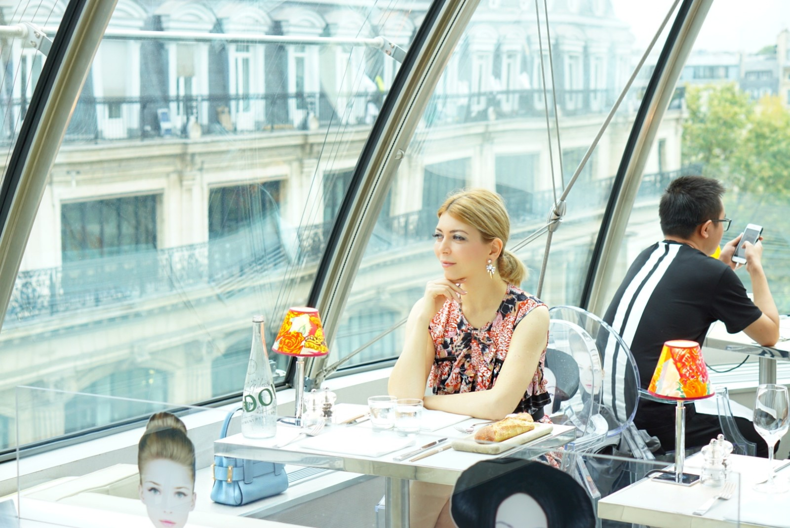 Yuliya Savytska in Kong Paris, Lunch in KONG à la Carrie Bradshaw - #jolimentblogxpfw