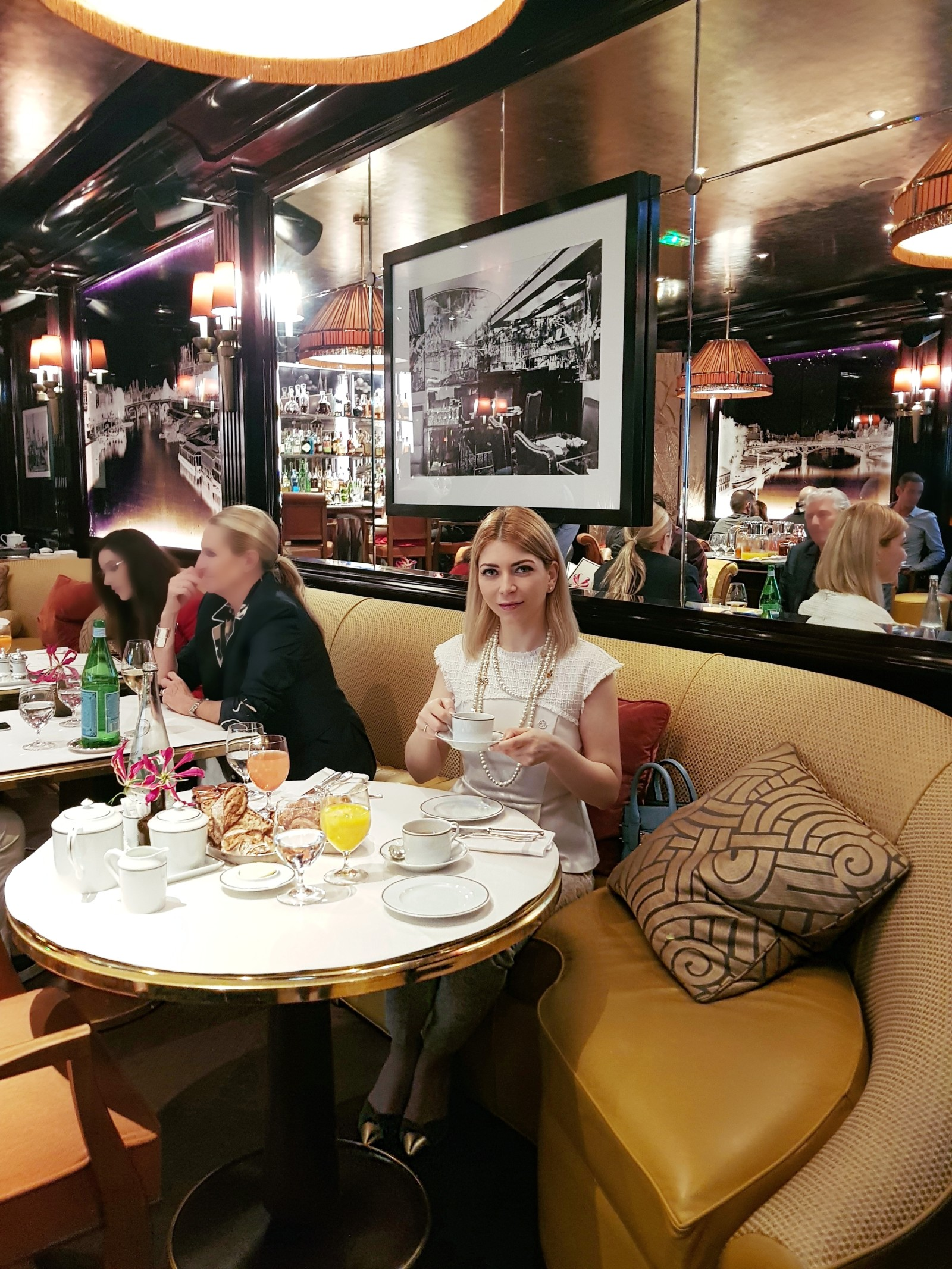 Yuliya Savytska at Brunch in Ritz Paris
