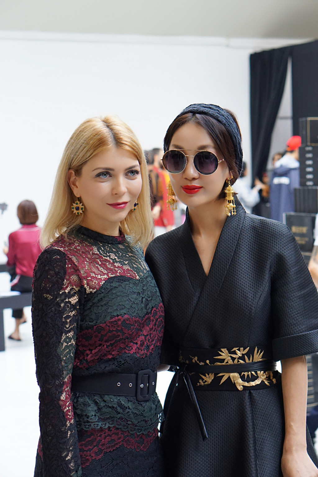 Yuliya Savytska and designer Xiong Ying of Heaven Gaia at Alexstorm Fashion Show